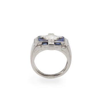 platinum art deco ring diamond sapphire 1930s