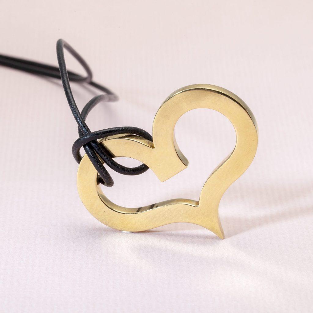 Jean Dinh Van for Cartier New York vintage heart pendant
