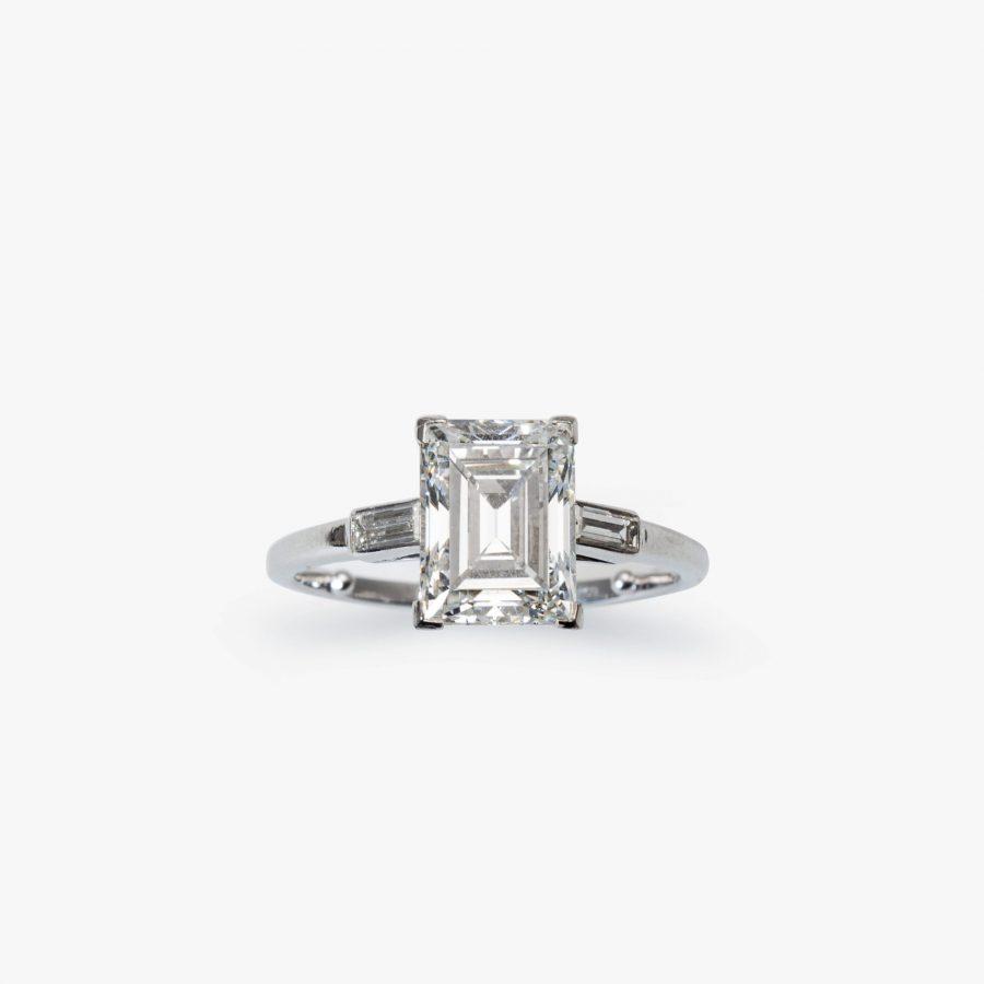Cartier diamond ring baguette GIA certificate