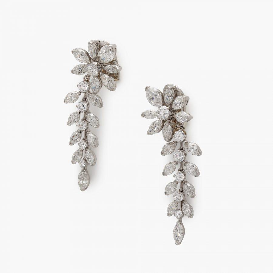 Van Cleef & Arpels earrings diamond flowers