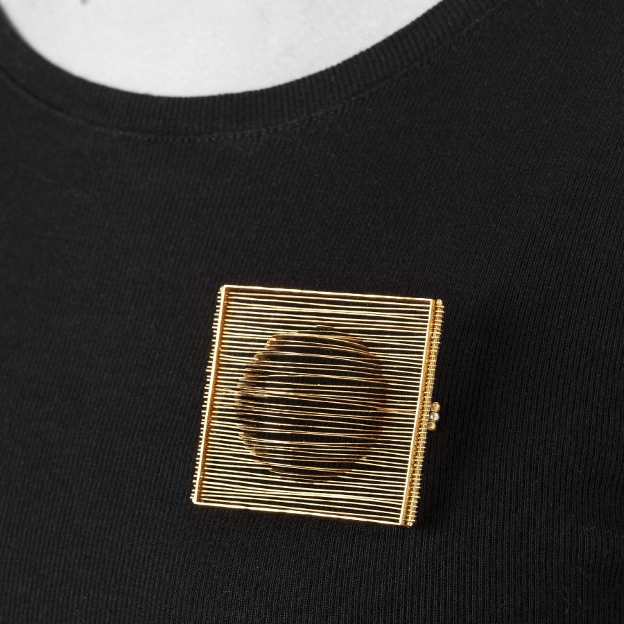 Francesco Pavan lamellar brooch yellow gold Italy ca 1982