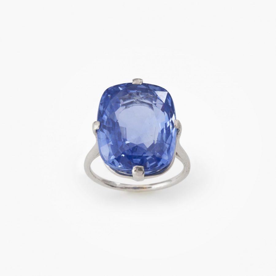Cartier blue sapphire solitair Art Deco unheated